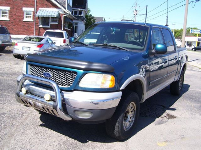 2001 FORD F-150 XLT,4X4,SUPERCREW in Kitchener, Ontario