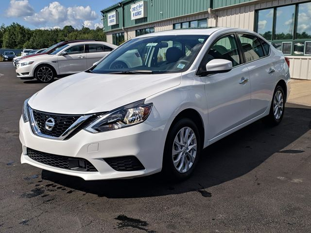 2019 NISSAN Sentra 1.8 SV BACK UP CAMERA/HEATED SEATS/BLUETOOTH/CRUISE/GREAT FUEL ECONOMY/CITY CAR! in Lower Sackville, Nova Scotia