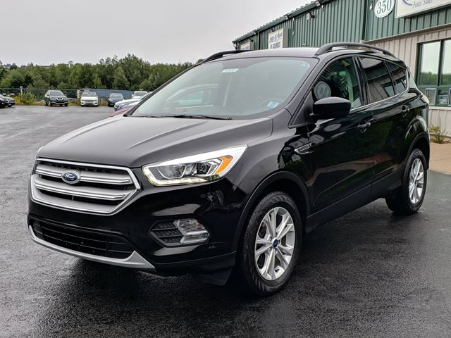 2018 FORD ESCAPE SEL NAVIGATION/BACK UP CAMERA/LEATHER/ALL WHEEL DRIVE/PANORAMIC SUNROOF in Lower Sackville, Nova Scotia