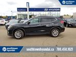 2017 Nissan Rogue SV/AWD/BACK UP CAM/HEATED SEATS in Edmonton, Alberta