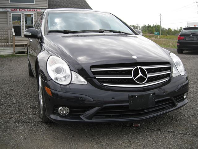 2010 MERCEDES-BENZ R-Class R 350 BlueTEC *Certified* in Vars, Ontario