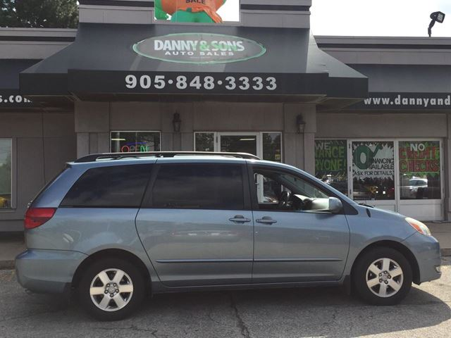 2005 TOYOTA Sienna LE in Mississauga, Ontario