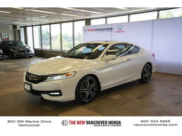 2016 HONDA Accord Touring V6 Rare in Vancouver, British Columbia