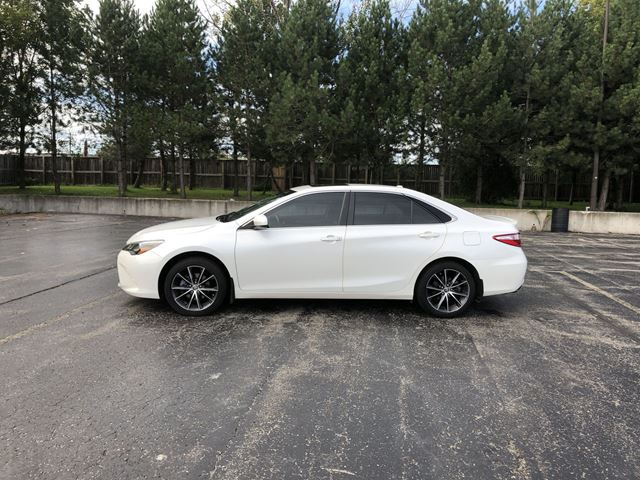 2015 TOYOTA Camry XSE in Cayuga, Ontario
