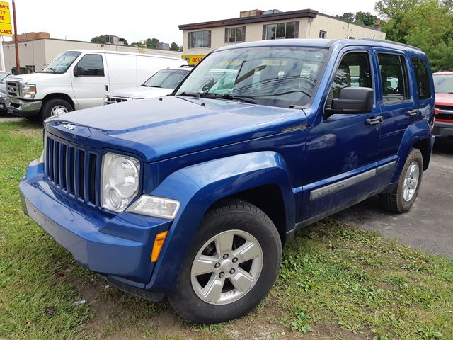 2009 Jeep Liberty Sport in