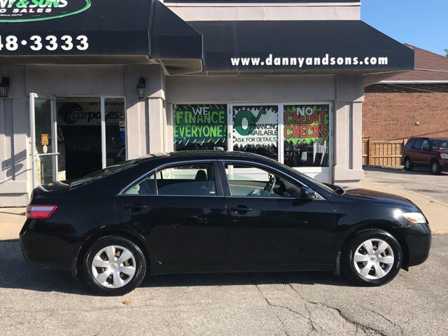 2009 TOYOTA Camry LE in Mississauga, Ontario