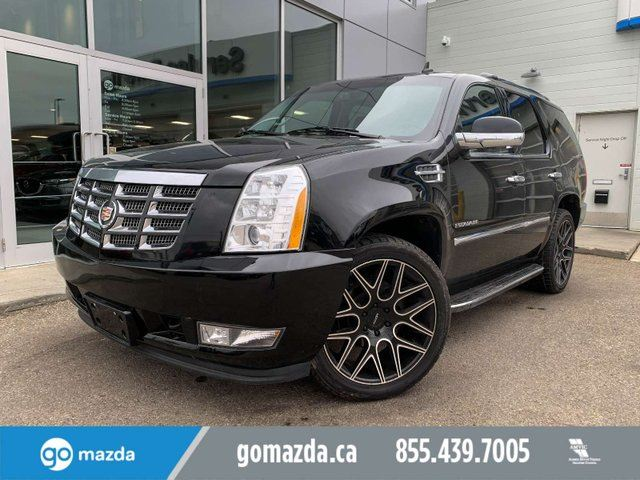 2013 CADILLAC ESCALADE LUXURY DVD 4X4 2 SETS OF TIRES IMMACULATE CONDITION in Edmonton, Alberta
