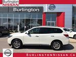 2015 Nissan Pathfinder SL, ACCIDENT FREE, 1 OWNER ! in Burlington, Ontario