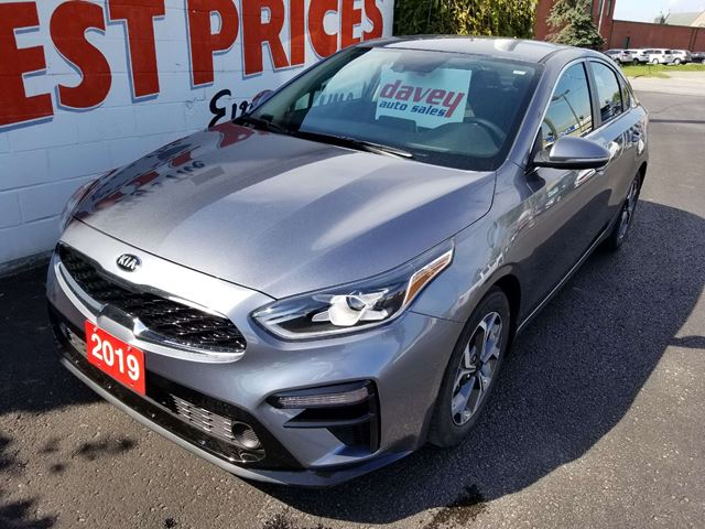 2019 KIA Forte EX Only 8000 kms!  Like New!  Well equipped EX package! in Oshawa, Ontario