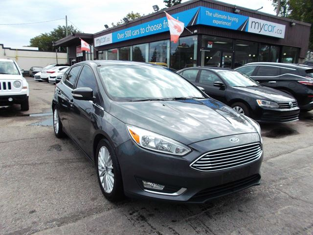 2016 FORD Focus Titanium LEATHER, SUNROOF, NAV, PWR SEAT, HEATED SEATS!! in North Bay, Ontario