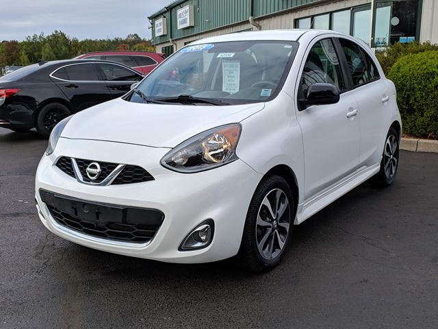 2015 NISSAN MICRA SR GREAT CITY CAR/FUEL ECONOMY/BLUETOOTH/BACK UP CAMERA/CRUISE/POWER OPTIONS in Lower Sackville, Nova Scotia