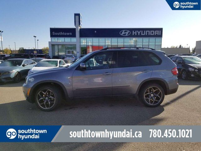 2011 BMW X5 35i/AWD/NAVI/BACK UP CAM/HEATED WHEEL in Edmonton, Alberta