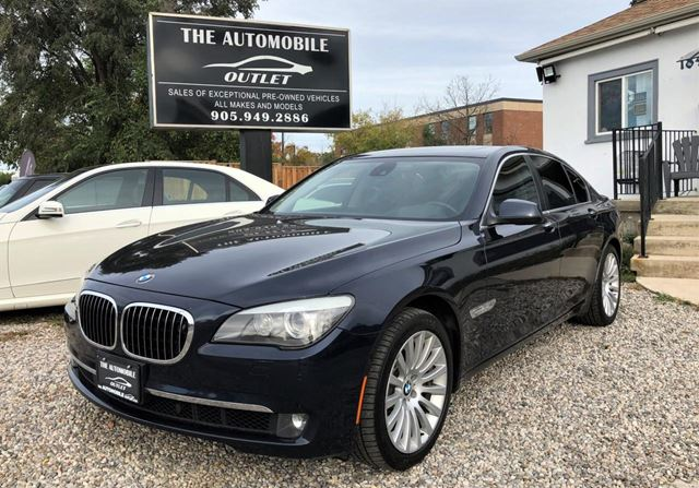 2012 BMW 7 Series 750 750i xDrive 750xi NAVI FULLY LOADED NO ACCIDENT in Mississauga, Ontario