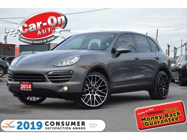 2014 PORSCHE CAYENNE AWD LEATHER NAV PANO ROOF FULL PWR GRP LOADED in Ottawa, Ontario