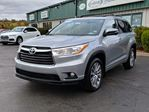 2016 Toyota Highlander XLE NAVIGATION/BACK UP CAMERA/LEATHER/SEATS 8/SUNROOF/POWER OPTIONS in Lower Sackville, Nova Scotia