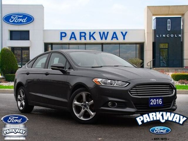 2016 FORD Fusion SE FWD  GPS  HEATED SEATS  REMOTE START in Waterloo, Ontario