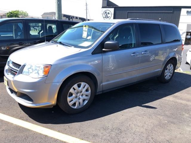 2016 Dodge Grand Caravan SXT, Stow N Go Seating, 124,000km in