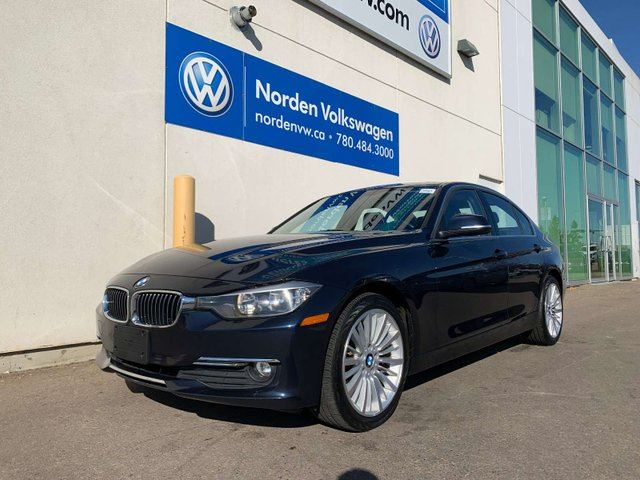 2015 BMW 3 SERIES 320i xDrive AWD - LEATHER / HEATED SEATS in Edmonton, Alberta