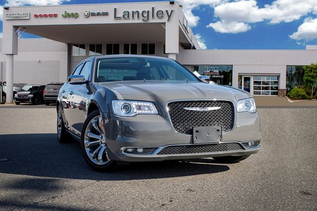 2019 CHRYSLER 300 Limited  *SUNROOF* *MEMORY SEATING* *BACKUP CAMERA* in Surrey, British Columbia
