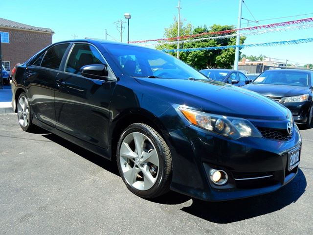 2012 TOYOTA CAMRY SE.Navigation.Alloys.Extra Clean.One Owner in Kitchener, Ontario