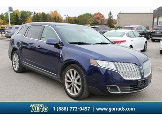 2011 LINCOLN MKT 4dr Wgn 3.5L AWD in Milton, Ontario