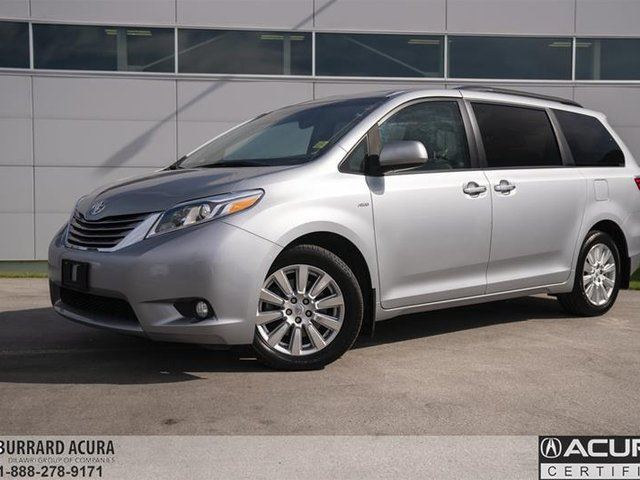 2017 TOYOTA Sienna XLE AWD 7-Passenger V6 in Vancouver, British Columbia