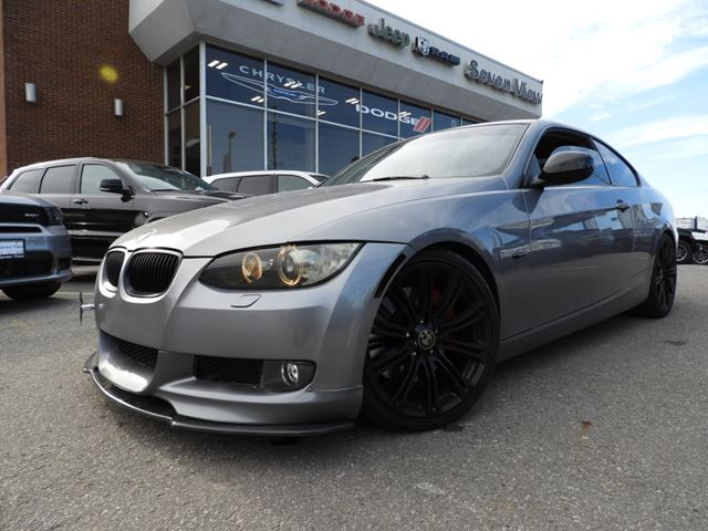 2010 BMW 3 Series i xDrive LEATHER/SUNROOF/MANY UPGRADES in Concord, Ontario