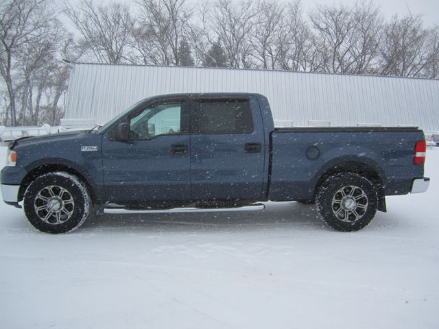 2006 Ford F-150 XLT in