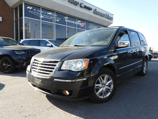 2010 CHRYSLER Town and Country Limited in Concord, Ontario