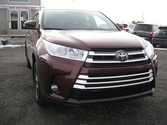2018 Toyota Highlander LE AWD *Certified* in