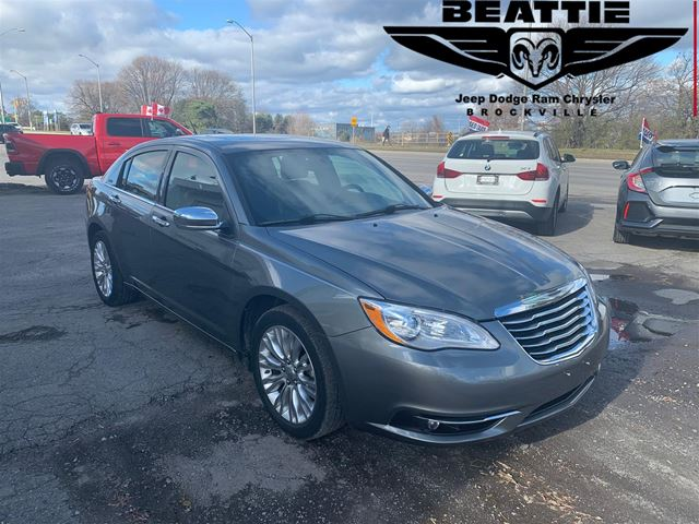 2013 Chrysler 200 Limited ONE OWNER/ LEATHER/ SUNROOF in