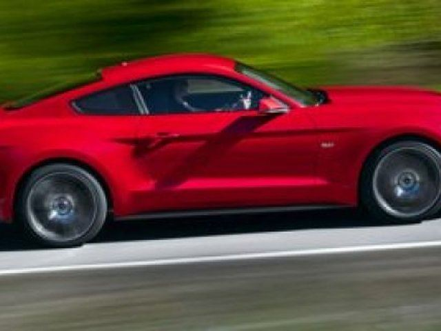 2015 Ford Mustang V6 in