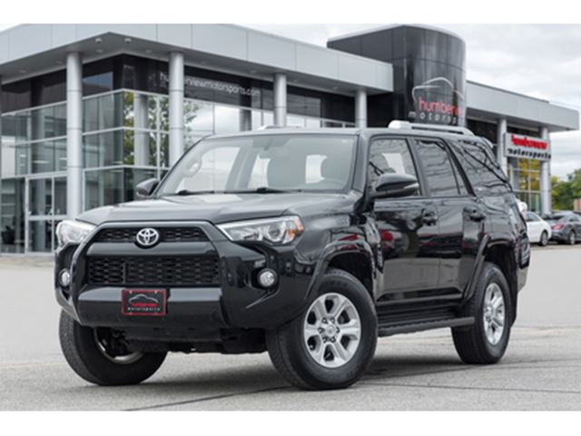 2017 TOYOTA 4Runner 4WD NAVI REAR CAM SUNROOF LEATHER HEATED SEATS in Mississauga, Ontario