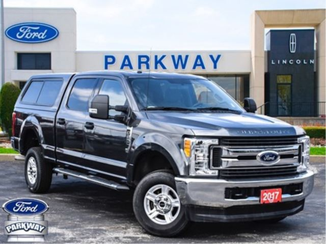 2017 Ford F-250 XLT 4WD Crew Cab  GAS  BACKUP CAM  BLUETOOTH in Waterloo, Ontario