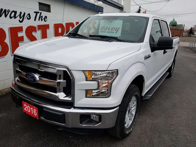 2016 Ford F-150 XLT Extra Clean! Low KMS!  in