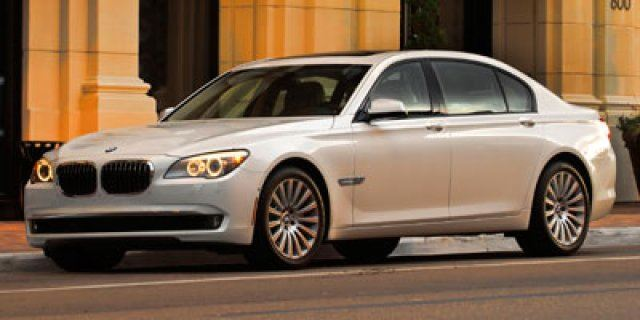 2011 BMW 7 SERIES 750i xDrive in Thornhill, Ontario
