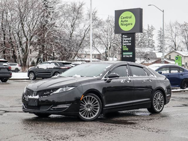 2013 LINCOLN MKZ AWD   PANO-MOONROOF   NAVIGATION   LEATHER in Fonthill, Ontario