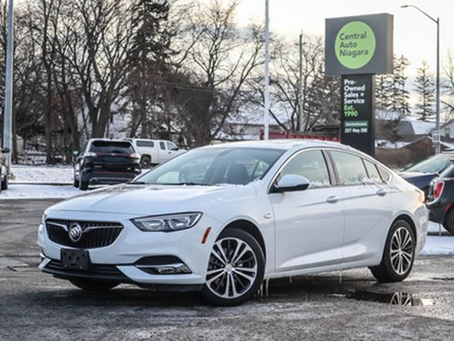 2019 BUICK REGAL AWD HEATED SEATS HEATED STEERING WHEEL REVERSE CAM in Fonthill, Ontario
