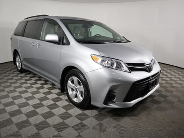 2020 Toyota Sienna LE 8-Passenger in