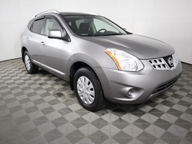 2013 Nissan Rogue SV in
