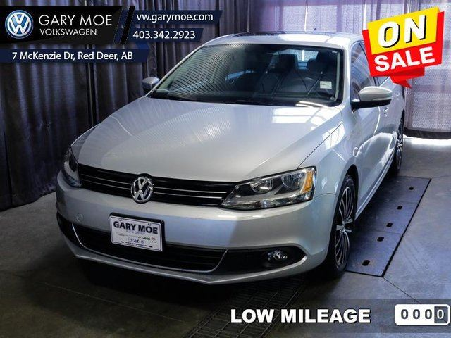 2014 VOLKSWAGEN Jetta  HIGHLINE - Low Mileage in Red Deer, Alberta
