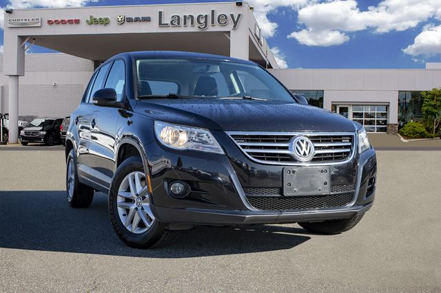 2011 VOLKSWAGEN TIGUAN  Wholesale Direct / Composed ride and handling / Top safety scores in Surrey, British Columbia