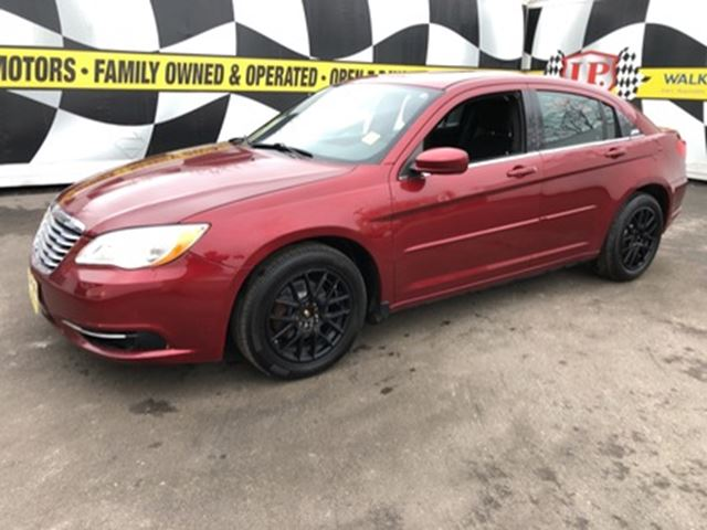 2013 CHRYSLER 200 LX, Automatic, Steering Wheel Controls, 127,000km in Burlington, Ontario