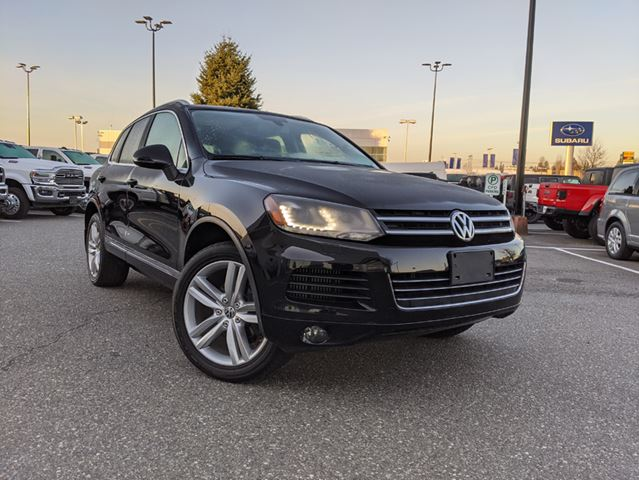 2014 VOLKSWAGEN TOUAREG 3.0 TDI Comfortline  Confident handling / Respectable off-road capability / Classy interior in Surrey, British Columbia