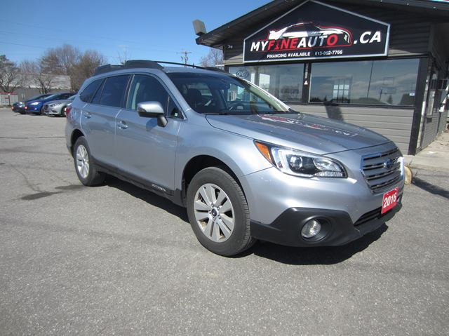 2016 Subaru Outback Touring Pkg / 2.5L / 4CYL/ Sunroof / Backup camera in