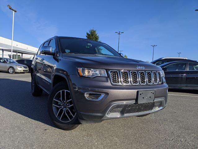2019 JEEP GRAND CHEROKEE Limited  Loaded w/Options / Nimble Handling/ Bold Styling in Surrey, British Columbia