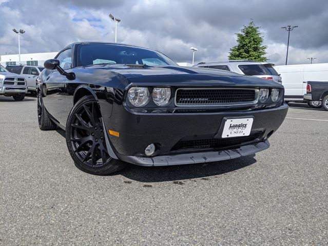 2013 DODGE CHALLENGER SXT  Sunroof / Leather / Dynamic Driving Style in Surrey, British Columbia