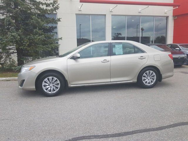 2013 Toyota Camry LE in Gatineau, Quebec