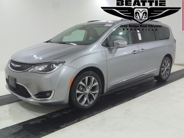 2019 CHRYSLER Pacifica Limited in Brockville, Ontario