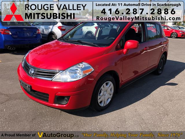 2010 Nissan Versa 5dr HB I4 Manual 1.8 S in